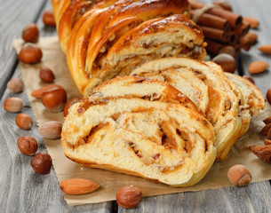 Twisted sweet bread