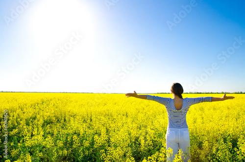 Leinwandbild Motiv woman in the field