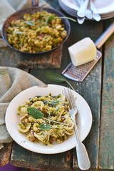 pasta with brussels sprout and cheese