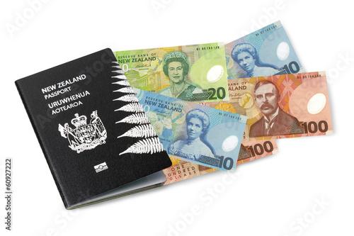 Fotobehang Nieuw Zeeland New Zealand passport and cash