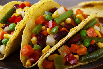 tacos with vegetables