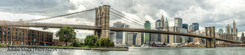 Leinwanddruck Bild The Brooklyn Bridge in New York city, USA