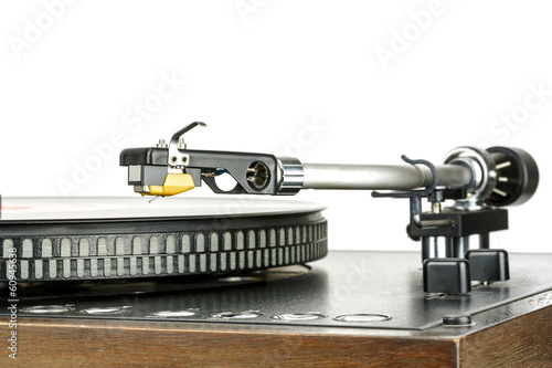 Phonograph cartridge, mounted to the tonearm