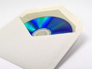 Datenträger im Kuvert