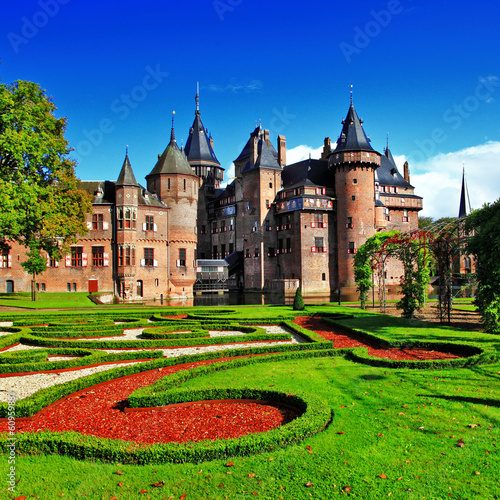 beautiful romantic holland castle de Haar