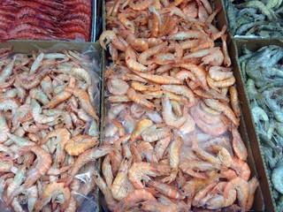 Marisco en comercio comida