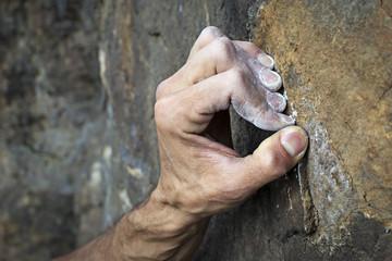 mano di free climber primo piano
