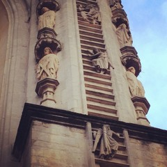 angels climbing stairs on a church architecture