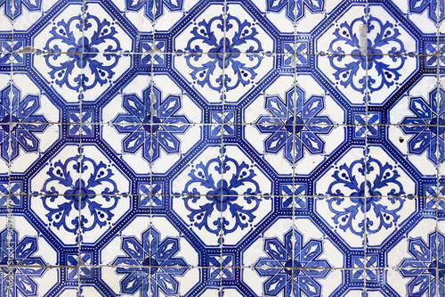 Leinwanddruck Bild Traditional Portugese Tile (azulejos), Lisbon, Europe