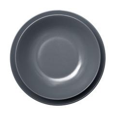 piatto grigio vuoto in fondo bianco