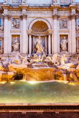 Fontana di Trevi, Dettaglio