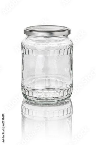 Leinwanddruck Bild freigestelltes Konservenglas mit Facetten