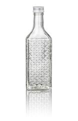 freigestellte Kirschwasserflasche mit Relief