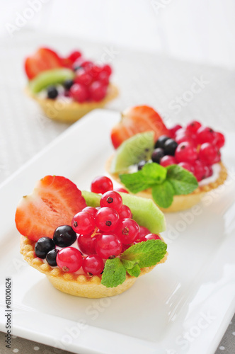 Tartlets with fresh berries
