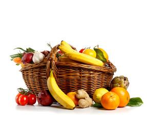 Cesta di frutta e verdura