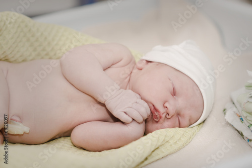newborn. child one day.