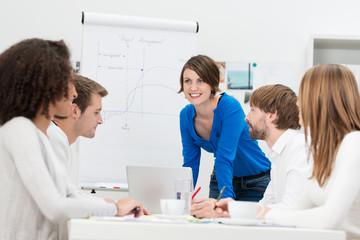 junges business-team in einer besprechung