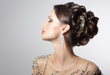 Brunette with Costume Jewelry - Trendy Rhinestones, Strass