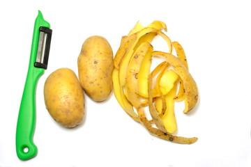 Kartoffeln schälen mit Schälmesser