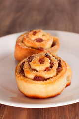 Delicious swirl buns with raisins and brown sugar