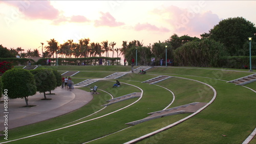 time lapse from jumeirah beach park in dubai city