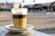 canvas print picture - Ein Glas Latte Macchiato, Marokko