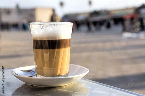 canvas print picture Ein Glas Latte Macchiato, Marokko