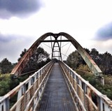pedestrain bridge steel arch