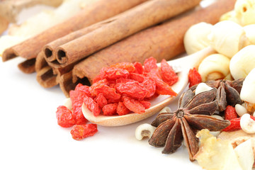 Many kind of Chinese herbal