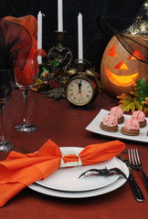 Fragment table setting for Halloween