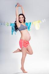 Sporty pregnant woman