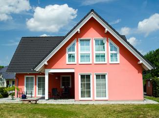 Eigenheim im Sommer
