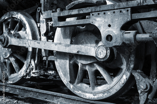 a rusty wheels