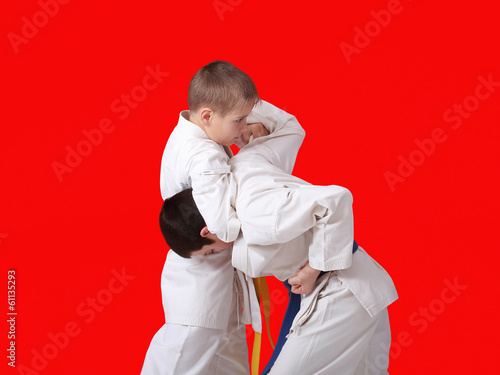 Athletes train reception capture his head on a red background