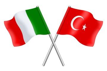 Bandiere: Italia e Turchia