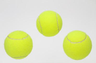 3 Tennisbälle