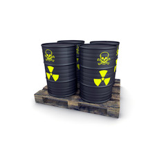 barili di scorie nucleari su pallet vecchio