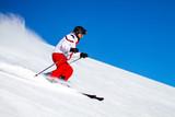 Mężczyzna Skier Spędzania Nartostradu