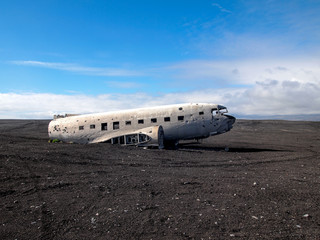 Airplane wreckage ( Douglas R4D Dakota DC-3 C 117 ).