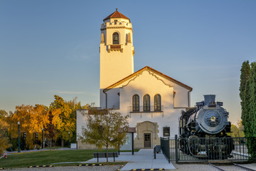 Boise train depot with old engine