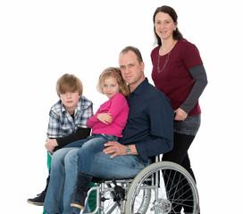 Familienvater im Rollstuhl