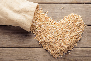 Heart shape of oatmeal