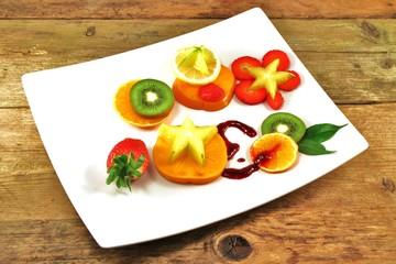 exotische Früchte in Scheiben