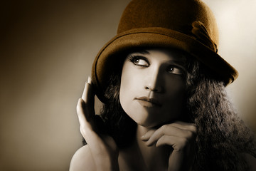 Retro woman vintage portrait in hat