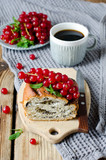 Yeast roll with poppy seeds