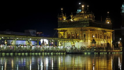Amritsar Golden Temple night time lapse