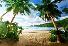 Zonsondergang op het strand, Mahe, Seychellen