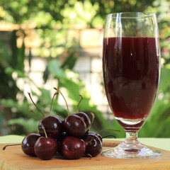 Cherry juice and cherries