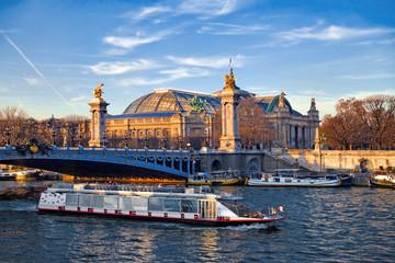 La seine près du grand palais, Paris