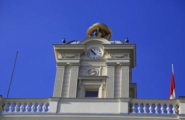 Turm mit Globus ehemalige Sternwarte in Wien (Detail)